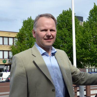 Kansanedustaja Jari Leppä.