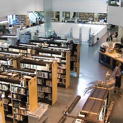 Tikkurilan kirjasto Vantaalla.
