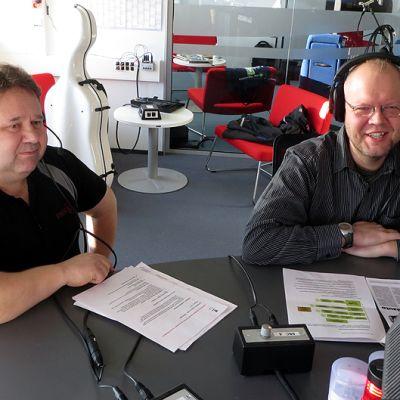 Lapin ammattikorkeakoulun yliopettaja Timo Kauppi ja projektipäällikkö Jukka Joutsenvaara.
