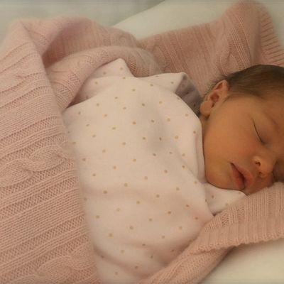 Prinsessa Madeleinen tytär.