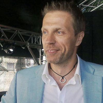 Jari Sarasvuo.
