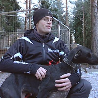 Teemu ja Neela-koira
