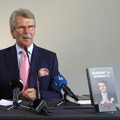 Björn Wahlroos kirjansa julkistamistilaisuudessa