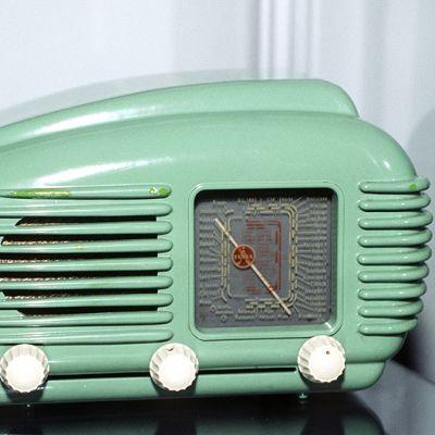 Philipsin valmistama, Pikku-Mattina tunnettu radio 1950-luvulta.