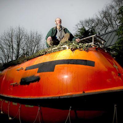 Hollantilainen Pieter Frank van der Meer ja hänen arkkinsa 19. joulukuuta.
