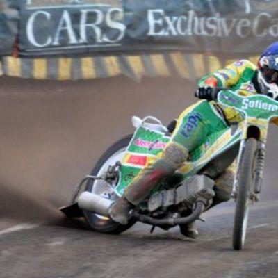 Speedway-kuski ajaa kisoissa