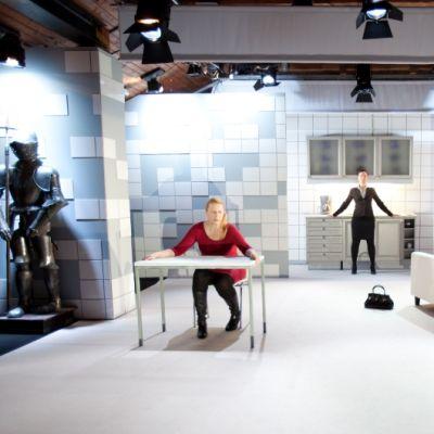 Kuva Teatteri Telakan esityksestä Kuningatarleikit