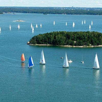 Swan Anniversary Regatta purjehdittiin Airistolla vuonna 2006 Nautorin 40-vuotisjuhlien kunniaksi.