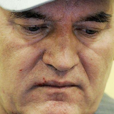 Ratko Mladic lokakuussa 2011.