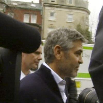 George Clooney pidätetään Washingtonissa osallistumisesta mielenosoitukseen.