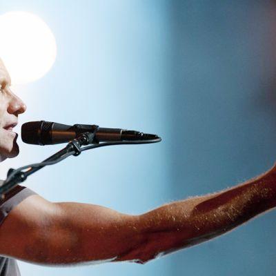 Sting esiintyy Montreuxin Jazz -festivaalilla.