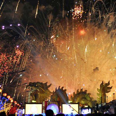 Kiinalaisen uudenvuoden kunniaksi järjestetty ilotulitus Suphan Burissa.