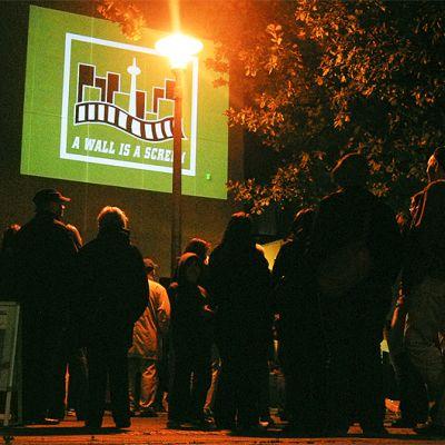 A Wall is a Screen – lyhytelokuvakierros Hampurissa syyskuussa 2008.