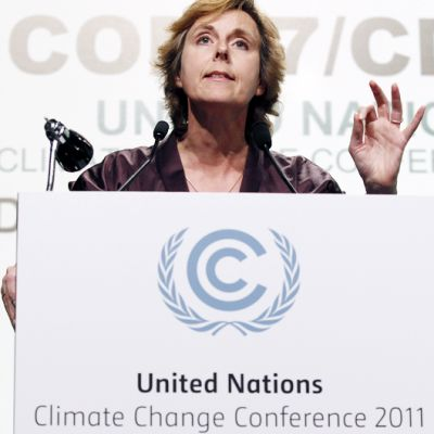 EU:n ilmastokomissaari Connie Hedegaard puhuu YK:n ilmastokokouksessa Durbanissa.