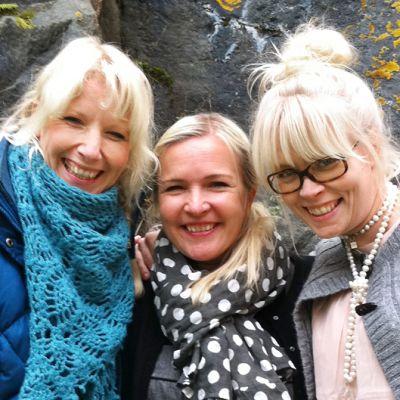 Värttinä-yhtyeen Susan Aho, Mari Kaasinen ja Johanna Virtanen