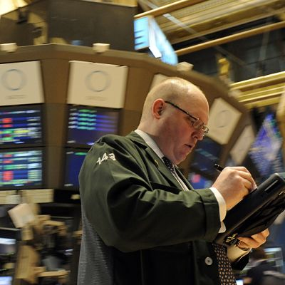 Meklareita New Yorkin pörssissä 9. elokuuta.