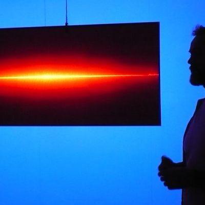 Forssalainen valotaiteilija Juha Rouhikoski on valon minimalisti