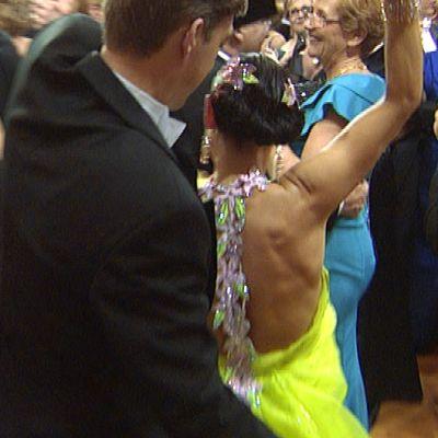 Tanssijoita linnan juhlissa.