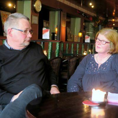 Kirsi Närepalo-Lahtinen ja Jukka Lahtinen olutravintola Birgerissä