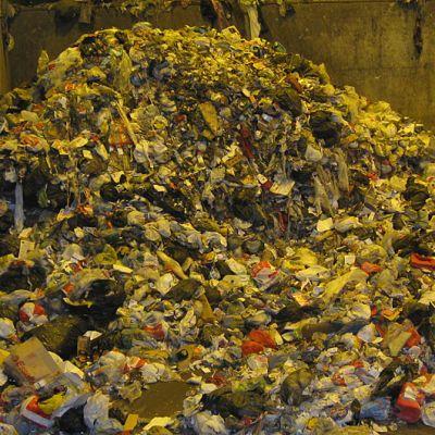 Tänne päätyvät tavallisesti pois heitetyt tekstiilit.