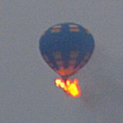 Kuumailmapallo syttyi palamaan Yhdysvaltojen Virginiassa 10. toukokuuta.