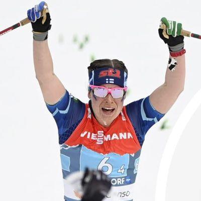Krista Pärmäkoski tar VM-brons.