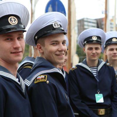 Venäläisiä merimiehiä Turun Tall Ships Race 2017.