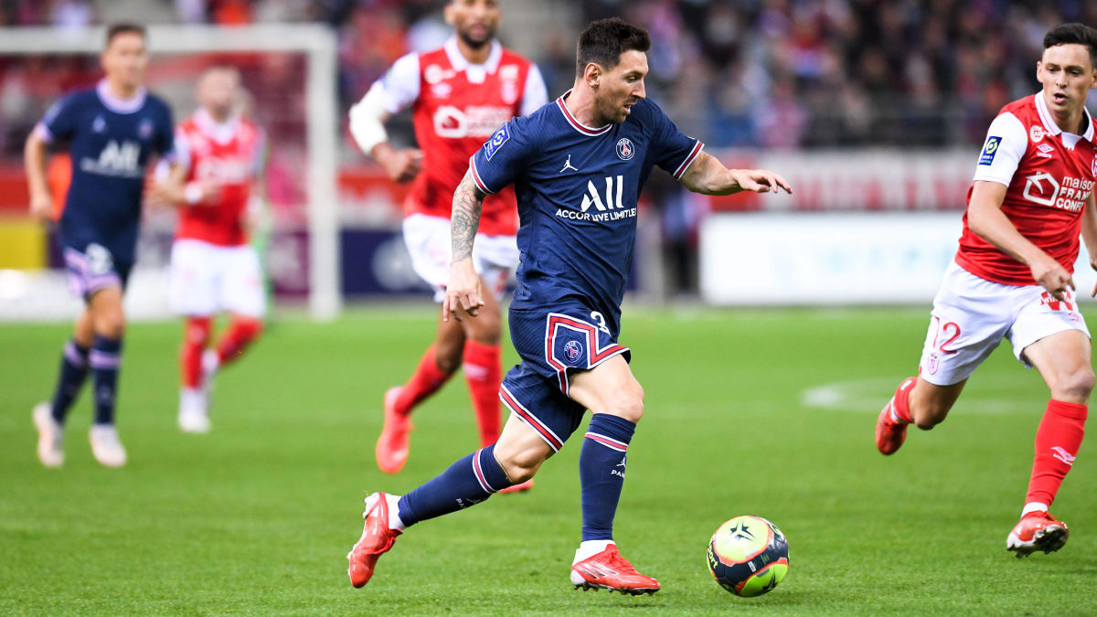 """Messi debuterade när PSG förlängde segersviten – omskrivne Mbappé gjorde två mål: """"Kylian är vår spelare"""""""