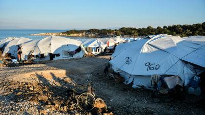 Tält i Kara Tepe-flyktinglägret