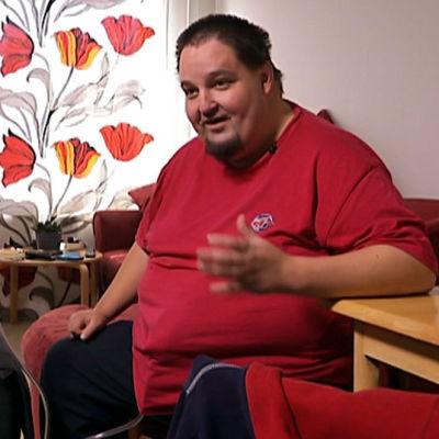 Miika Kokkonen haastattelukuvassa.