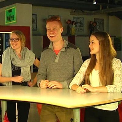 daniel andersson, victoria riikonen, alexander beijar och frida sigfrids pratar om sexualundervisningen i skolan.,