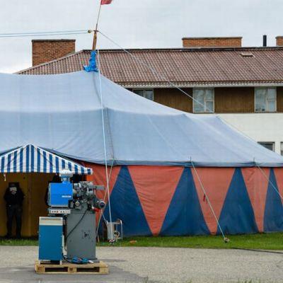 Sodankylän elokuvajuhlien Pieni teltta 11.6.2013.