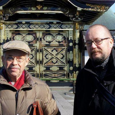 Marutei Tsurunen ja Juha Wirekoski kamakurassa 2012.jpg