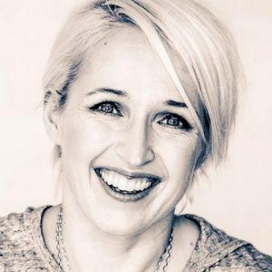 Anna Perho är programledare och författare