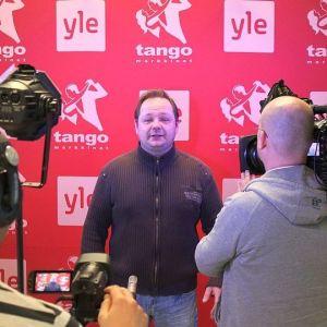 Tommi Nyyssönen sai kunnian aloittaa Jyväskylän tangokarsinnan