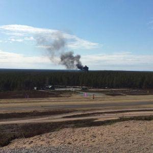 Den här bilden togs av ett ögonvittne när planet störtade.