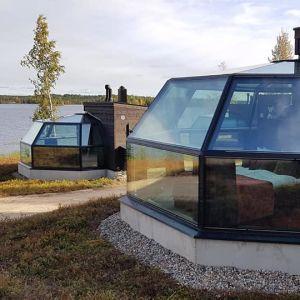 Arctic Fox Glass Igloos -iglukylän igluja Ranualla