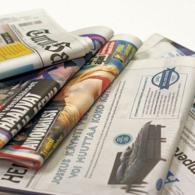 Daily newspapers.