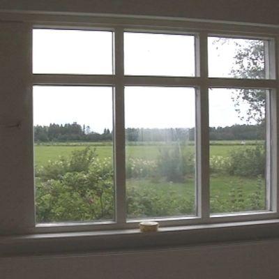 Näkymä Ruukin vastaanottokeskuksen ikkunasta.
