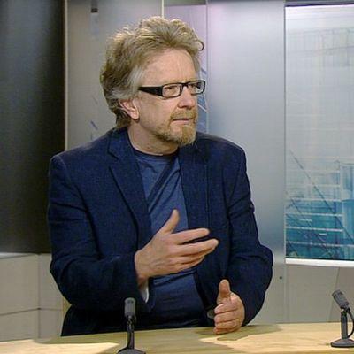 Kosmologi ja fyysikko Kari Enqvist.
