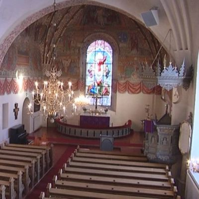 Pyhän ristin kirkko Raumalla sisältä