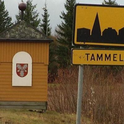 Tammelan taajamakyltti ja -portti