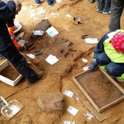 Kuurmanpohjan kaivaukset kesällä 2015