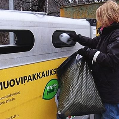 Muovinkierrätystä kokeillaan Lielahdessa