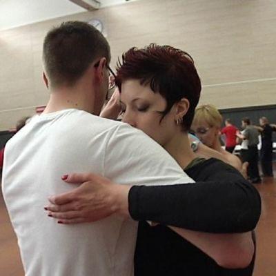 Seinäjokelaiset tanssinharrastajat Harri Marttila ja Janna Takala.