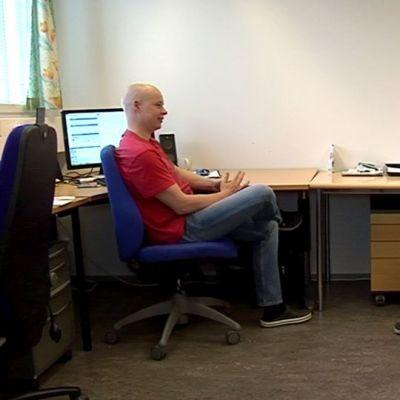 Oululaisen startup yrityksen Laavu Solutionsin yrittäjät Mikko Laukka ja Juha Aalto. Yrityksen kolmas osakas on Pekka Korpela 9.7.2015.