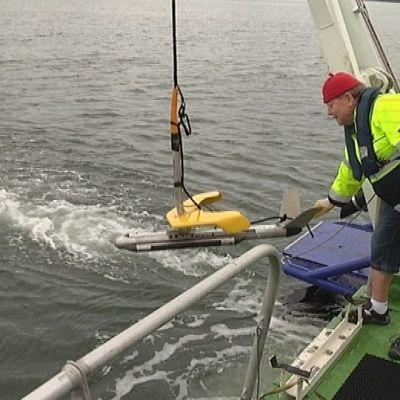 Saaristomerellä liikkuva tutkimusalus Geomari pyrkii tänä vuonna luotaamaan yli tuhat kilometriä merenpohjaa.