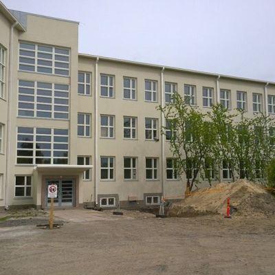 Armilan koulu funkis koulu kesällä 2015
