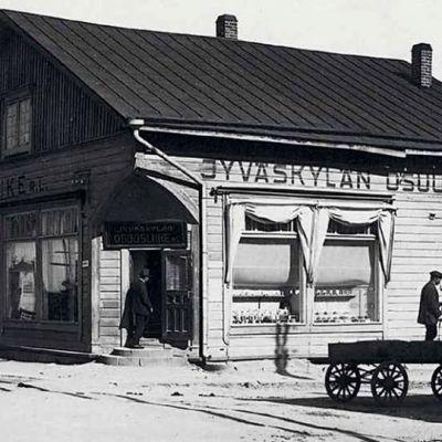 Jyväskylän osuusliikkeen myymälä.
