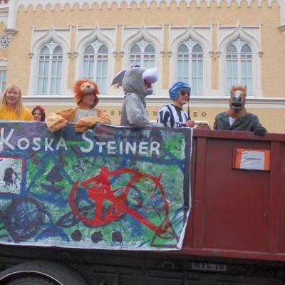 Penkkariajelu Jyväskylä 2014.